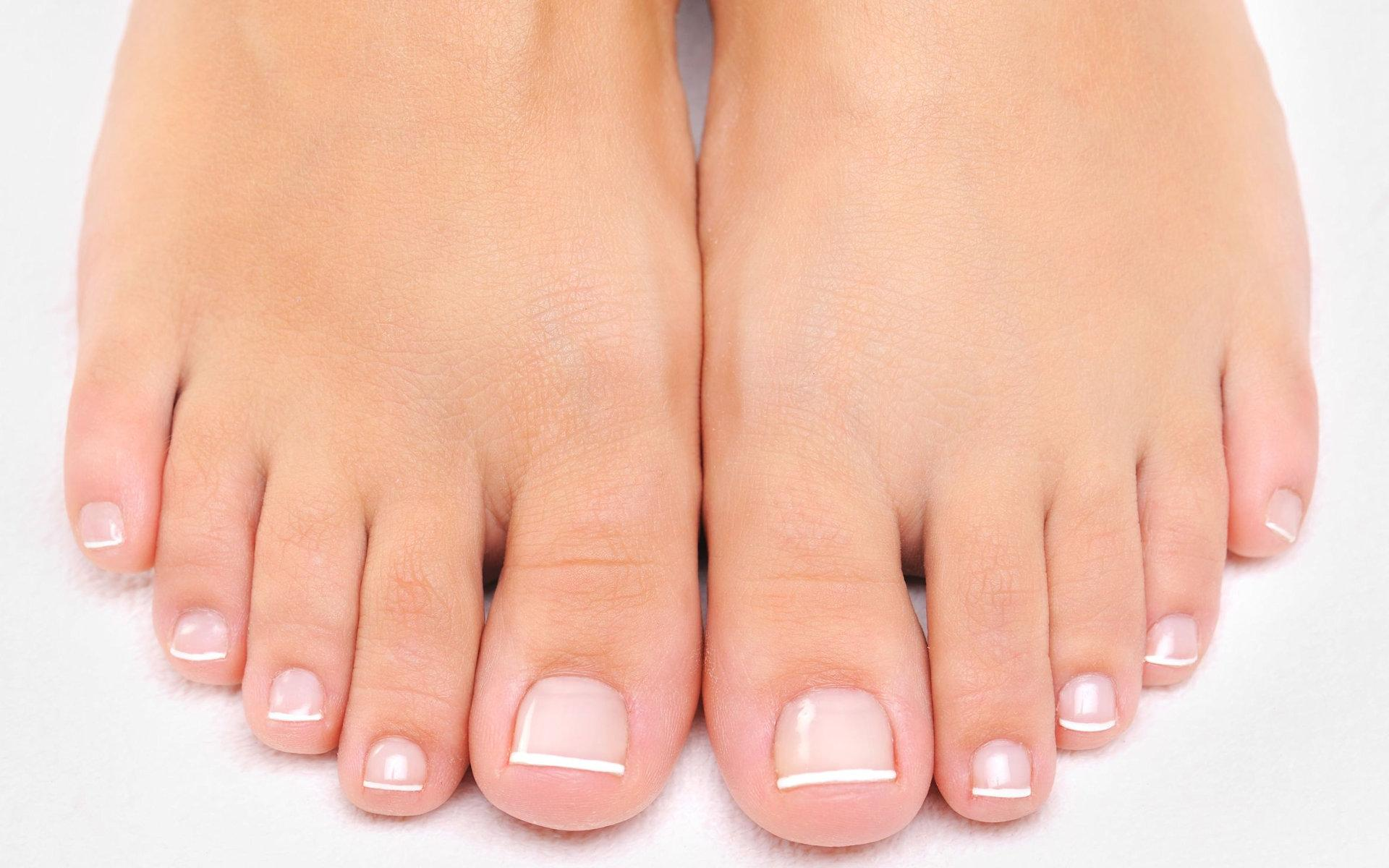 infections-of-the-nails-and-skin-5962052_m
